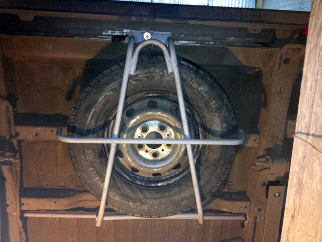 Крепление для запасного колеса своими руками